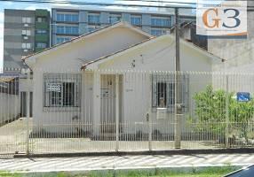 Casa com 3 Quartos para venda ou aluguel, 145m²