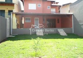Casa com 4 Quartos à venda, 183m²