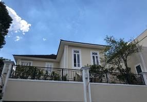 Casa com 4 Quartos à venda, 639m²