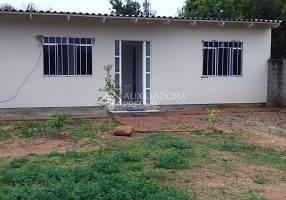 Casa com 3 Quartos à venda, 63m²