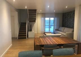 Cobertura com 3 Quartos para venda ou aluguel, 240m²