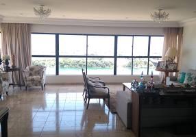 Apartamento com 3 Quartos à venda, 180m²