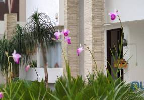 Casa de Condomínio com 3 Quartos para venda ou aluguel, 250m²