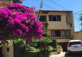 Casa de Condomínio com 3 Quartos à venda, 200m²