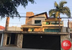 Casa com 7 Quartos à venda, 578m²