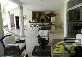 Casa com 3 Quartos à venda, 357m²