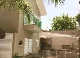Casa com 4 Quartos à venda, 672m²
