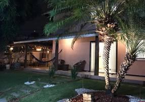 Casa de Condomínio com 4 Quartos à venda, 284m²