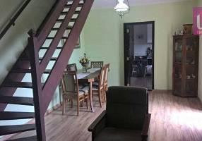 Casa com 3 Quartos à venda, 220m²
