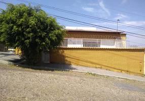Casa com 6 Quartos à venda, 488m²