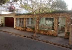 Casa com 3 Quartos à venda, 359m²