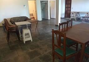 Casa de Condomínio com 4 Quartos à venda, 176m²