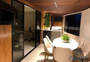 Apartamento com 3 Quartos à venda, 230m²
