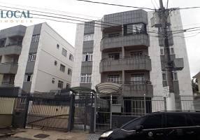 Apartamento com 2 Quartos para alugar, 75m²