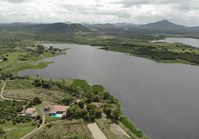 Fazenda/Sítio com 6 Quartos à venda, 80000m²