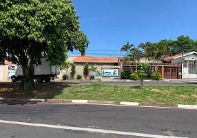 Casa com 2 Quartos à venda, 116m²
