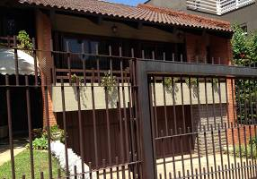 Casa com 4 Quartos à venda, 350m²