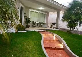 Casa com 4 Quartos à venda, 372m²
