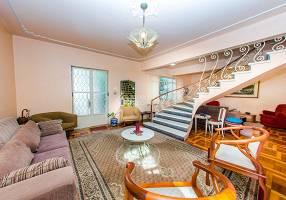 Casa com 3 Quartos à venda, 201m²