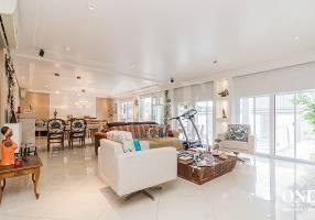 Casa de Condomínio com 5 Quartos à venda, 375m²