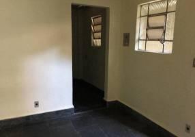 Casa com 2 Quartos para alugar, 35m²