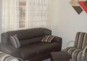 Casa com 2 Quartos à venda, 242m²