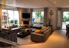 Casa com 3 Quartos à venda, 275m²