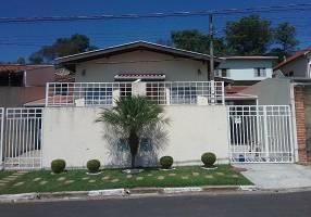Casa com 2 Quartos à venda, 62m²