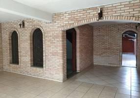 Casa com 3 Quartos para venda ou aluguel, 150m²