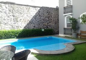 Casa com 4 Quartos à venda, 598m²