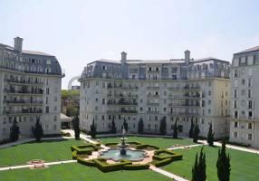 Apartamento com 3 Quartos para venda ou aluguel, 352m²