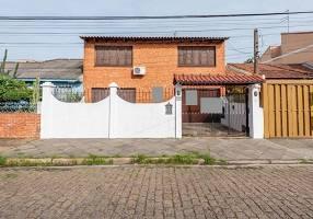Casa com 3 Quartos à venda, 338m²
