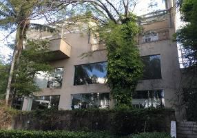 Casa com 6 Quartos à venda, 1000m²