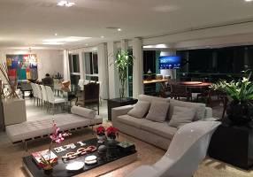 Casa de Condomínio com 5 Quartos à venda, 1000m²
