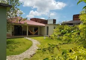 Casa com 4 Quartos à venda, 136m²