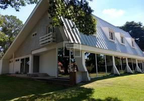 Casa com 4 Quartos para venda ou aluguel, 700m²