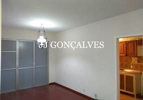 Apartamento com 3 Quartos para alugar, 85m²