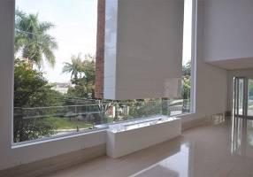 Casa de Condomínio com 4 Quartos à venda, 1125m²
