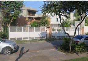 Casa de Condomínio com 4 Quartos para venda ou aluguel, 455m²