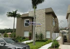 Casa com 4 Quartos à venda, 680m²