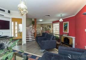 Casa com 4 Quartos para alugar, 285m²