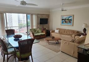 Apartamento com 4 Quartos para alugar, 135m²