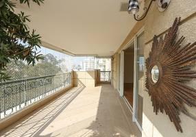 Apartamento com 4 Quartos para venda ou aluguel, 300m²