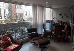 Apartamento com 4 Quartos à venda, 195m²