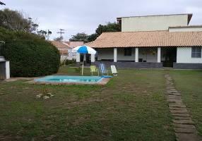 Casa com 3 Quartos à venda, 250m²