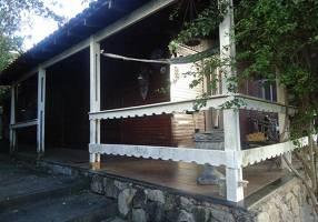 Casa com 3 Quartos à venda, 147m²