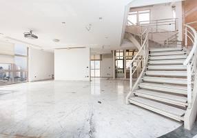 Cobertura com 3 Quartos para alugar, 460m²