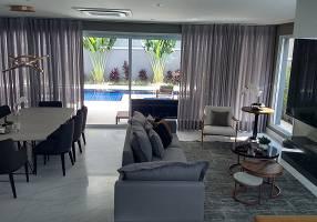 Casa de Condomínio com 4 Quartos para venda ou aluguel, 393m²