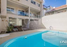 Casa com 3 Quartos à venda, 300m²