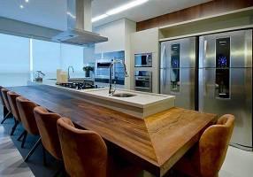 Apartamento com 4 Quartos à venda, 190m²